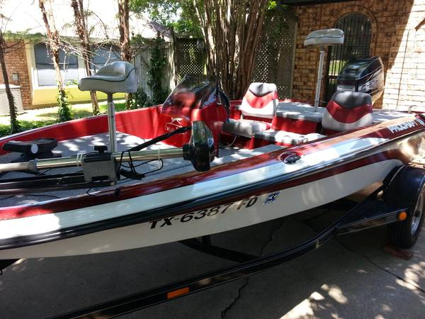1998 procraft bass boat 16ft with a 90hp mercury motor lake ready (east of dallas )