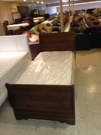 Sleigh Bed 69 Furniture Factory Liquidators Furniture Easttexas Classified Semesh Com