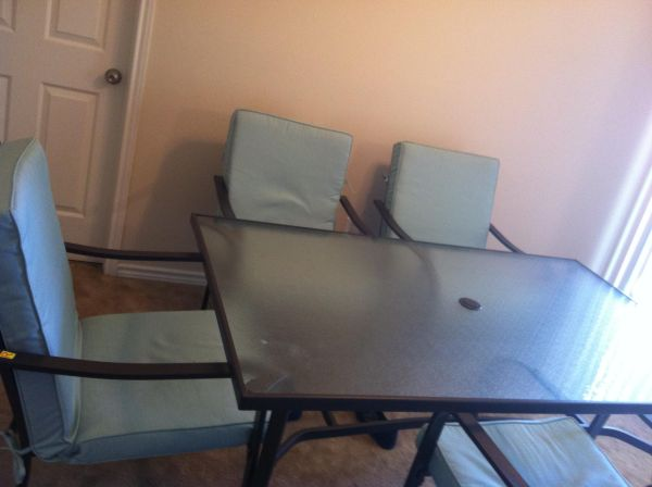 Large Patio table and small bbq - $360 (Longview)