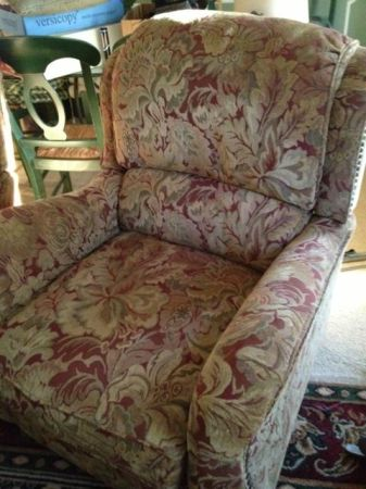 TWO MATCHING STEINBECK RECLINERS FROM HAVERTYS - $700 (SOUTH TYLER)