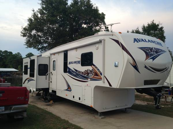 2012 Keystone Avalanche 330 RE -   x0024 36000  Troup