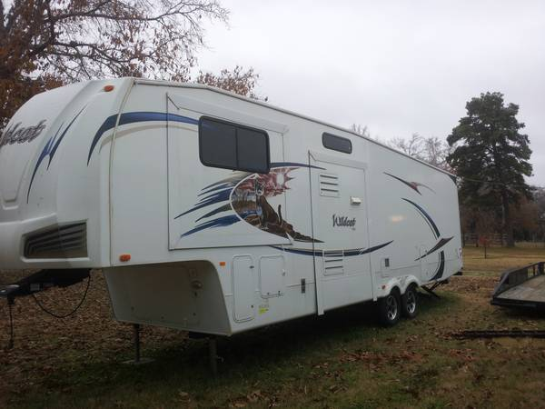 2011 Forest River Wildcat 34FLR RV Travel Trailer -   x0024 30000  Sulphur Springs