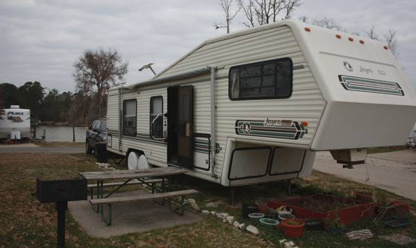 1988 Jayco Crane 32  Fifth wheel travel trailer -   x0024 5500  Riverside