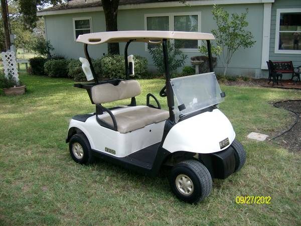 Golf Cart ....2009 EZ GO RXV  SEAT KIT OPTION - $2375 (Athens,Tx)