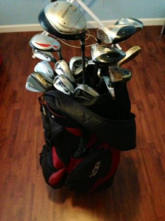 Golf Bag and full set of Clubs - $300 (Longview)
