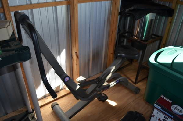 Voit 400 GRS Gravity Rider - $35 (Longview - Spring Hill)