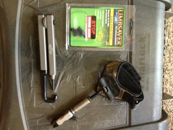 PSE Compound Bow package - $450 (Honey Grove)