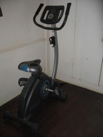 Reebok RT300 Exercise Bike - $150 (Longview)