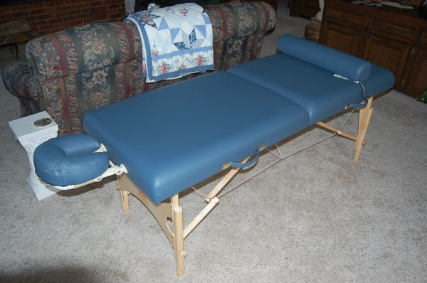 Oakworks Massage Table - $250 (Edom, Texas)