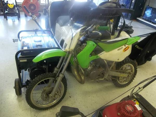 Dirt Bike Kawasaki  - $700 (tyler, texas)