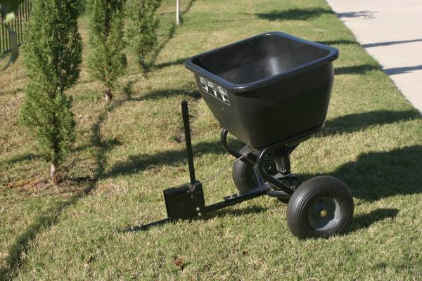 Brinly-Hardy Tow-Behind Broadcast Spreader - $99 (AllenParker)