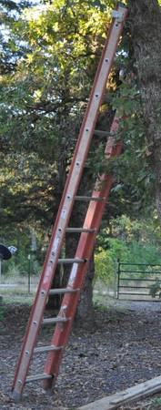 24 foot Keller Fiberglass Ladder used condition - $200 (Lindale, TX)
