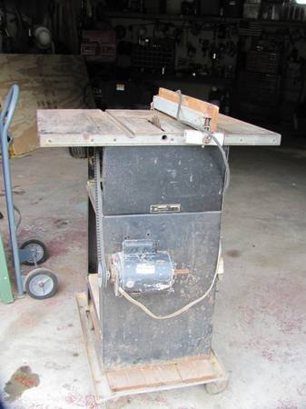 ROCKWELL MODEL 9 TABLE SAW - $125 (COOKVILLE TEXAS)