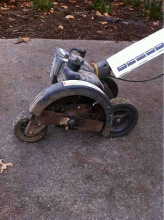 Edger craftsman gas operated - $10 (Tyler )