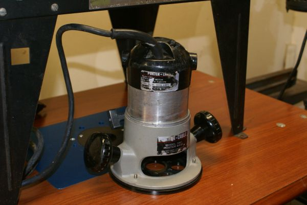 Porter Cable Router with Table - $60 (Longview)