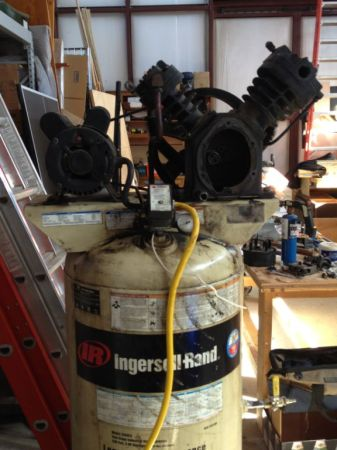 Ingersoll Rand 2340 Two stage 80 gal Compressor ingersol - $285 (Eustace Texas)