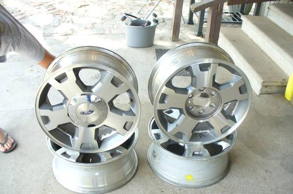 18 OEM Ford F150 rims - $175 (Carthage)