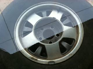 Chevrolet Factory Rims Tires 15 Inch - $250 (Palestine)