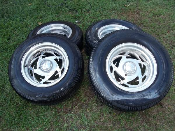 Eagle alloy wheels and tires - $400 (quitman)