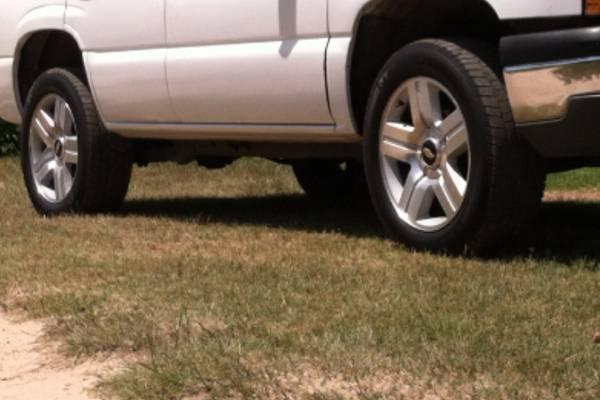 Texas edition 20 on good tires for trade   - $1000 (Henderson )