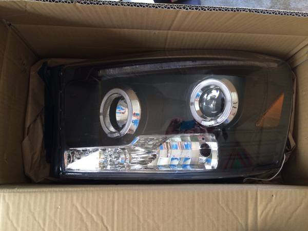 06-08 dodge halo headlights -   x0024 100  Gilmer tx