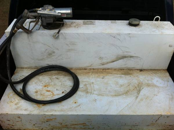 105 Gallon Fuel Tank w Pump - $450 (Nacogdoches)