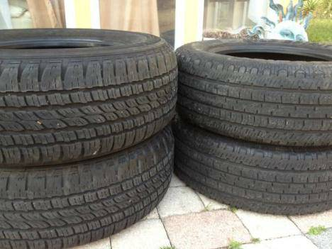 17 inch wheels chevy gmc 8 tires - $200 (mt pleasant )