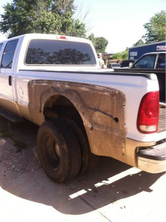 Ford bed f350 Dually - $700 (Tyler)