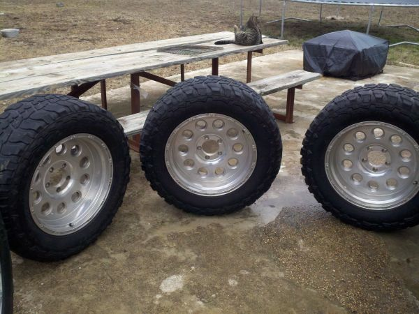 20 Aftermarket Pacer Truck Wheels - $400 (Mineola Tx)