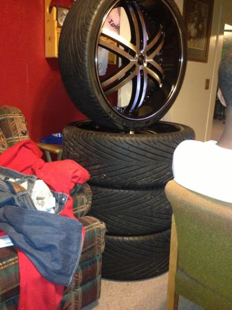 26 inch Status Alloy Knight 6 wheels and tires - $2600 (Tyler, Texas)