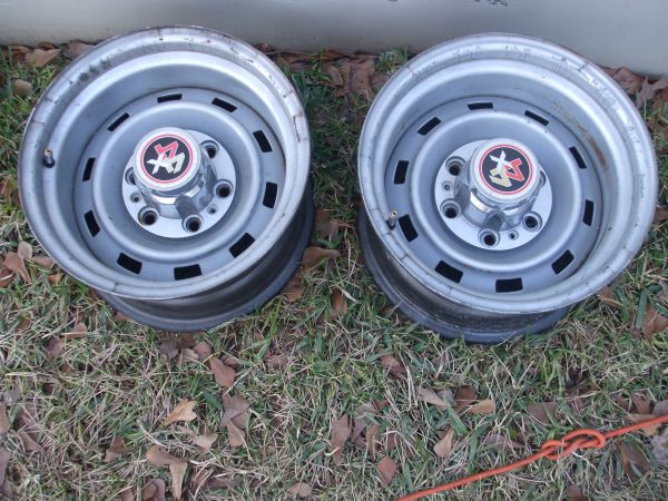 (2) Chevy 6 lug truck rally wheels 15x8 - $75 (Lindale)