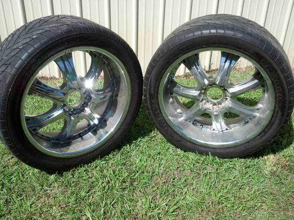 22 Chrome Rims U2 35 C - Infinity, Cadillac, Lexus, Many More - $250 (W. Tyler)