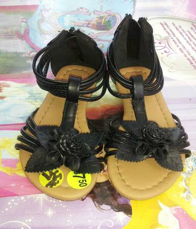 Toddler girl sandals size 7 8 - $5