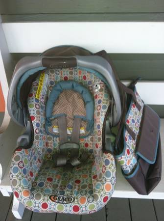 Graco Carseat Base - $25 (Henderson)