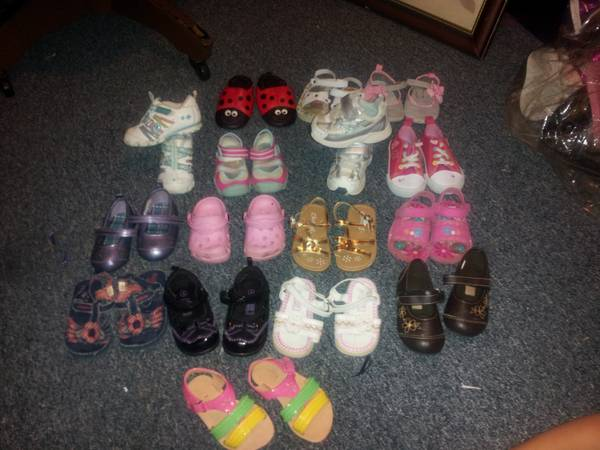 toddler girl shoe lot size 4 5 - $40 (canton)