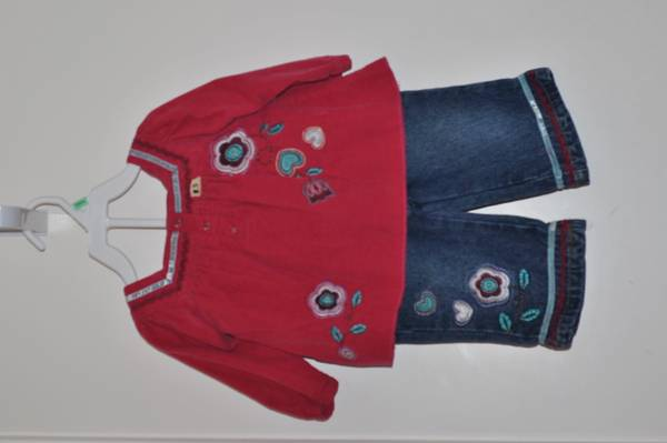 Baby Girl 12 month outfit -   x0024 5  Whitehouse