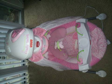 Baby gear priced to sell (De Kalb)