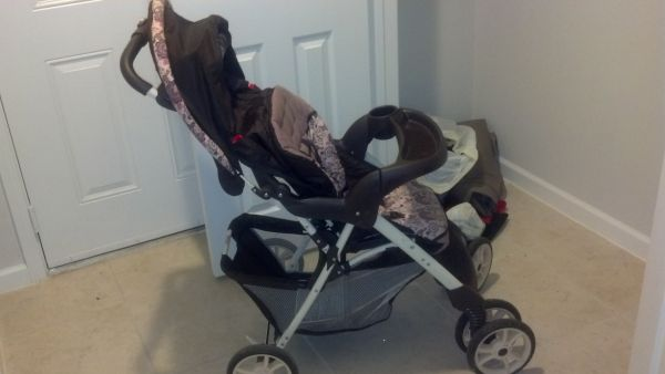 graco pink and brown stroller - $60 (Tyler )