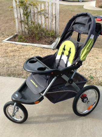 Jogging Stroller and Car Seat (Baby Trend- Expedition ELX) - $125 (Flint, TX)