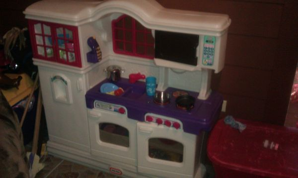 Little Tikes Kitchen  Accessories - $65 (Hallsville)