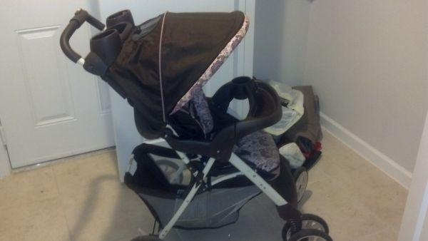 pink and brown graco stroller - $45 (tyler)