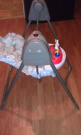 evenflo baby swing - $20 (kilgore)