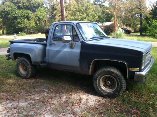 87 4x4 chevy stepside - $1750 (longview)