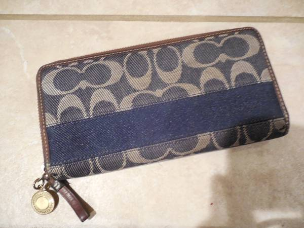 Unique Denim Authentic Coach Wallet GREAT CONDITION -   x0024 55