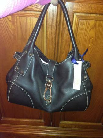 Auth New Leather Dooney Bourke Purse Bag - $100