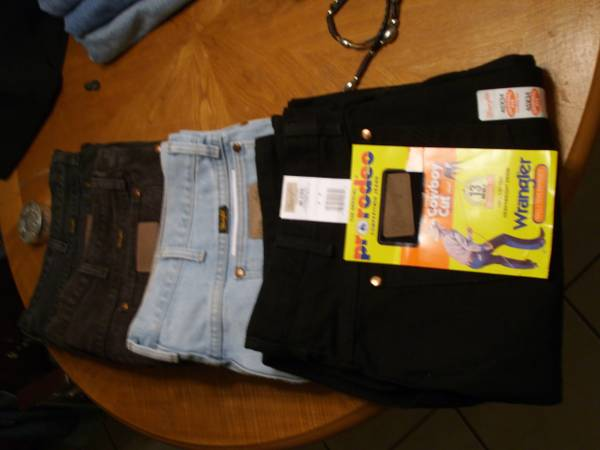 Mens Wrangler ProRodeo jeans, 42x34, NEW, very nice - $15 (South Tyler)