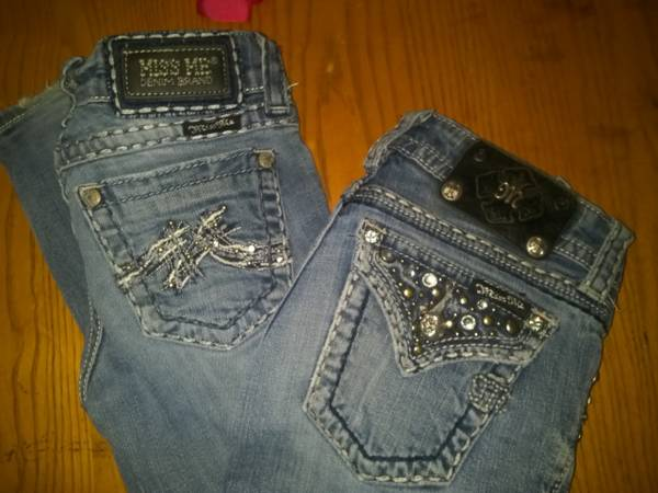 2 pair size 24 miss me jeans - $30 (lakeport)