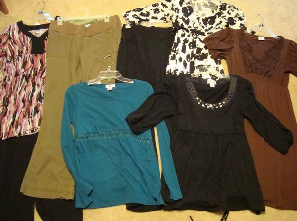 MATERNITY CLOTHES (Gladewater)