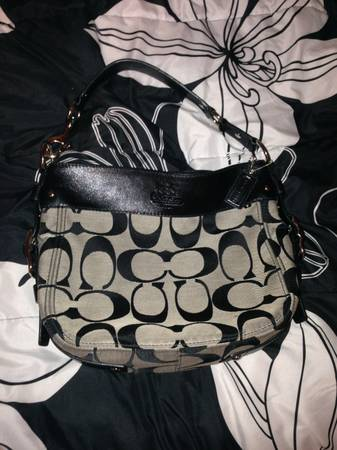 COACH purse bag great condition authentic - $100
