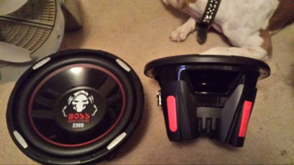 2 12  subwoofers 4600 watts -   x0024 350  sulphur springs